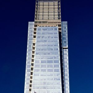 Comcast Tower and Flag, Philadelphia, photograph